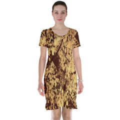 Abstract Brachiate Structure Yellow And Black Dendritic Pattern Short Sleeve Nightdress