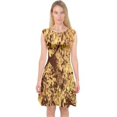 Abstract Brachiate Structure Yellow And Black Dendritic Pattern Capsleeve Midi Dress