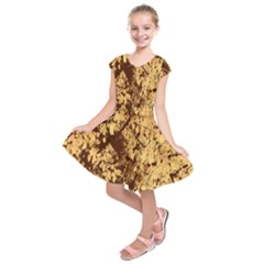Abstract Brachiate Structure Yellow And Black Dendritic Pattern Kids  Short Sleeve Dress