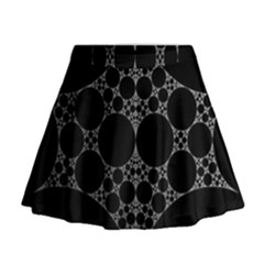 Drawing Of A White Spindle On Black Mini Flare Skirt