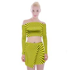 Sunburst Pattern Radial Background Off Shoulder Top With Skirt Set