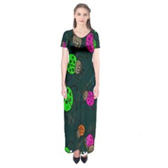 Cartoon Grunge Beetle Wallpaper Background Short Sleeve Maxi Dress