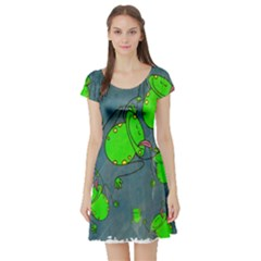 Cartoon Grunge Frog Wallpaper Background Short Sleeve Skater Dress