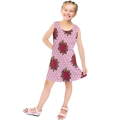 Pink Polka Dot Background With Red Roses Kids  Tunic Dress