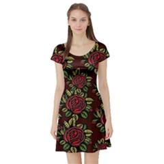 A Red Rose Tiling Pattern Short Sleeve Skater Dress
