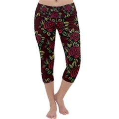 A Red Rose Tiling Pattern Capri Yoga Leggings