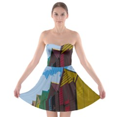 Brightly Colored Dressing Huts Strapless Bra Top Dress