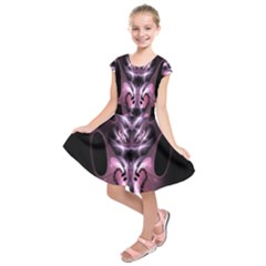 Angry Mantis Fractal In Shades Of Purple Kids  Short Sleeve Dress