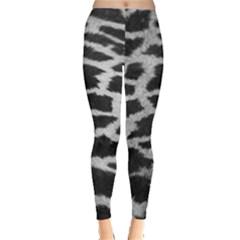 Black And White Giraffe Skin Pattern Leggings