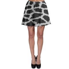 Black And White Giraffe Skin Pattern Skater Skirt