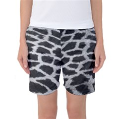 Black And White Giraffe Skin Pattern Women s Basketball Shorts