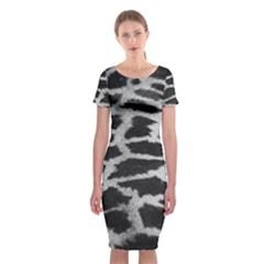 Black And White Giraffe Skin Pattern Classic Short Sleeve Midi Dress
