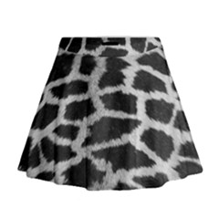 Black And White Giraffe Skin Pattern Mini Flare Skirt