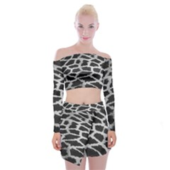 Black And White Giraffe Skin Pattern Off Shoulder Top With Skirt Set