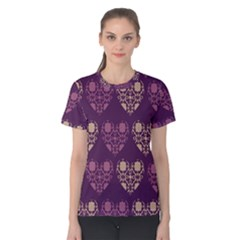 Purple Hearts Seamless Pattern Women s Cotton Tee