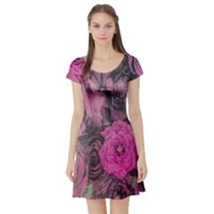 Oil Painting Flowers Background Short Sleeve Skater Dress