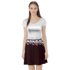 Bubbles In Red Wine Short Sleeve Skater Dress