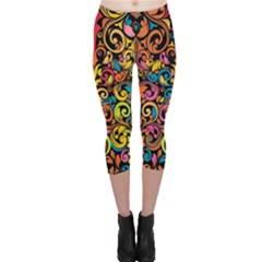 Art Traditional Pattern Capri Leggings