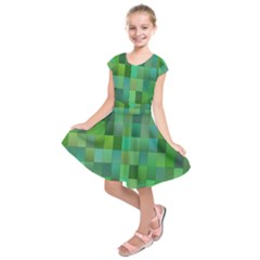 Green Blocks Pattern Backdrop Kids  Short Sleeve Dress