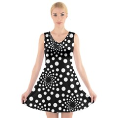 Dot Dots Round Black And White V Neck Sleeveless Skater Dress