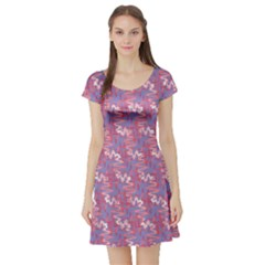 Pattern Abstract Squiggles Gliftex Short Sleeve Skater Dress
