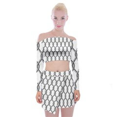 Iron Wire Black White Off Shoulder Top With Skirt Set
