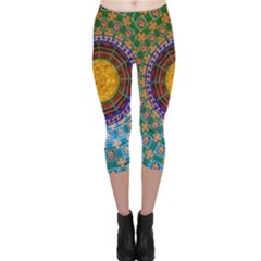 Temple Abstract Ceiling Chinese Capri Leggings