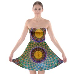 Temple Abstract Ceiling Chinese Strapless Bra Top Dress
