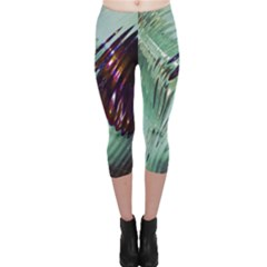 Out Of Time Glass Pearl Flowag Capri Leggings