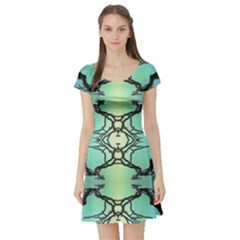 Branches With Diffuse Colour Background Short Sleeve Skater Dress