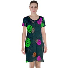 Abstract Bug Insect Pattern Short Sleeve Nightdress