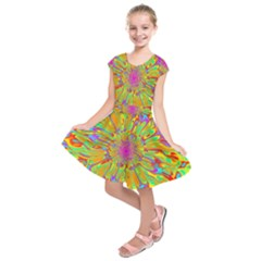Magic Ripples Flower Power Mandala Neon Colored Kids  Short Sleeve Dress