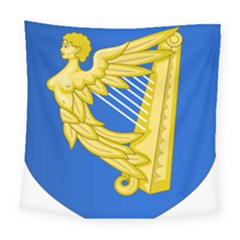 Coat Of Arms Of Ireland, 17th Century To The Foundation Of Irish Free State Square Tapestry (large)