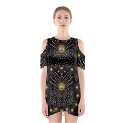 Lace Of Pearls In The Earth Galaxy Pop Art Shoulder Cutout One Piece