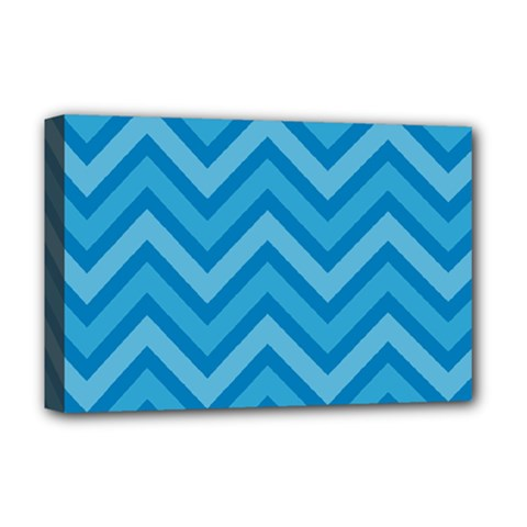 Zigzag  pattern Deluxe Canvas 18  x 12