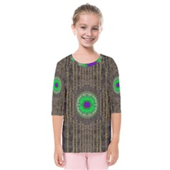 In The Stars And Pearls Is A Flower Kids  Quarter Sleeve Raglan Tee