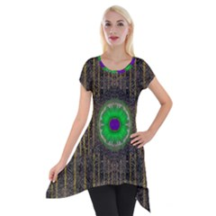 In The Stars And Pearls Is A Flower Short Sleeve Side Drop Tunic