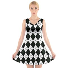 Plaid pattern V-Neck Sleeveless Skater Dress