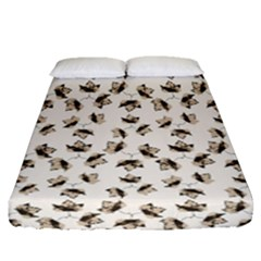 Autumn Leaves Motif Pattern Fitted Sheet (Queen Size)
