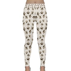 Autumn Leaves Motif Pattern Classic Yoga Leggings