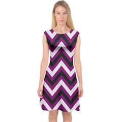 Zigzag pattern Capsleeve Midi Dress