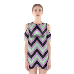 Zigzag pattern Shoulder Cutout One Piece