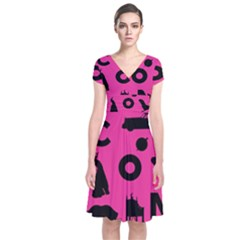 Car Plan Pinkcover Outside Short Sleeve Front Wrap Dress