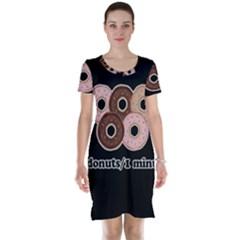 Five donuts in one minute  Short Sleeve Nightdress