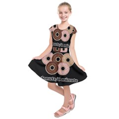 Five donuts in one minute  Kids  Short Sleeve Dress