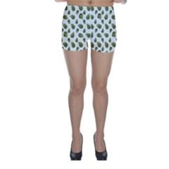 Leaves Motif Nature Pattern Skinny Shorts