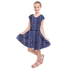 Wrinkly Batik Pattern   Blue Black Kids  Short Sleeve Dress