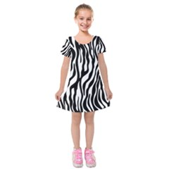 Zebra Stripes Pattern Traditional Colors Black White Kids  Short Sleeve Velvet Dress