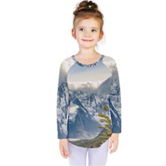 Snowy Andes Mountains, El Chalten Argentina Kids  Long Sleeve Tee