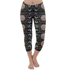 Pearls And Hearts Of Love In Harmony Capri Winter Leggings